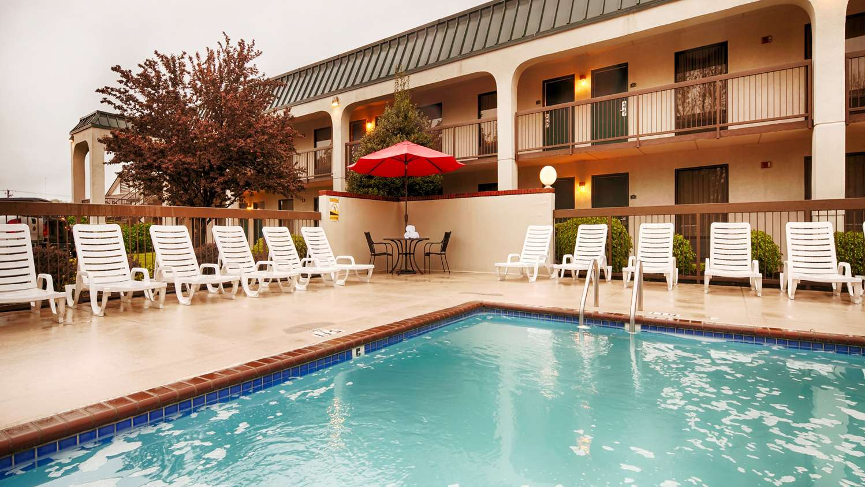 Motels In Camden Tn