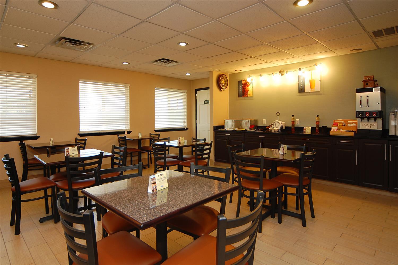 Restaurant - Best Western Nursanickel Motel Dalhart