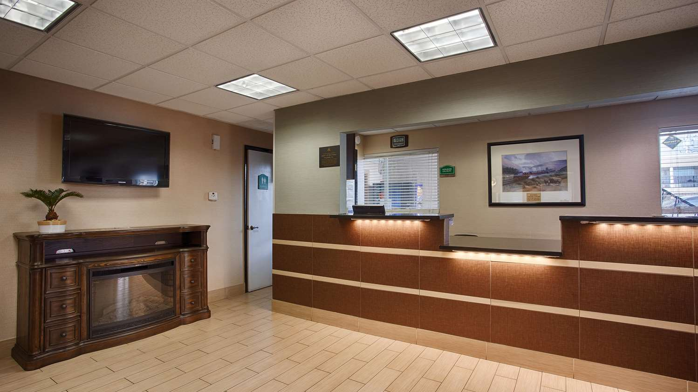 Lobby - Best Western Nursanickel Motel Dalhart