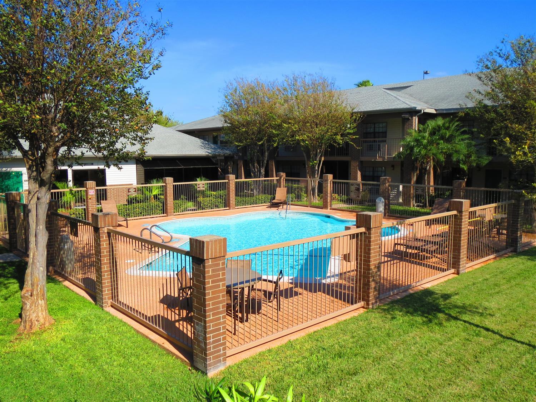 Pool - Best Western Rose Garden Inn & Suites McAllen