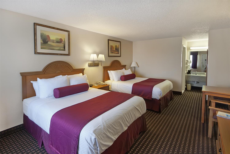 Room - Best Western Brady Inn