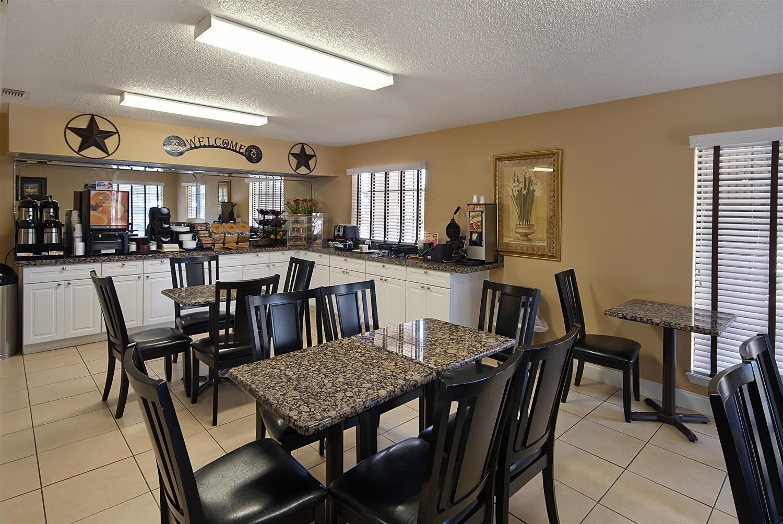 Restaurant - Best Western Brady Inn