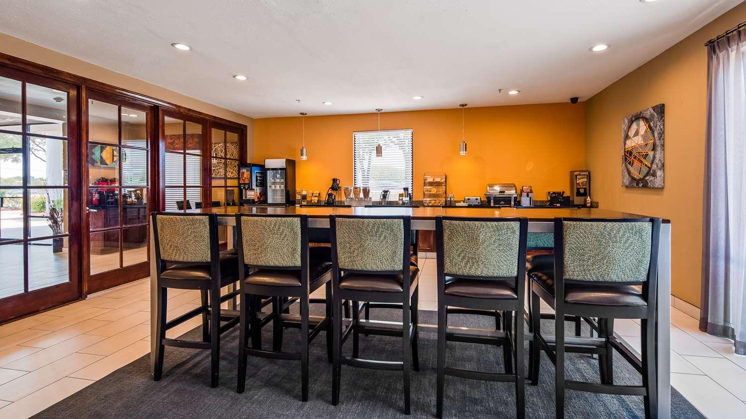Restaurant - Best Western Executive Inn Round Rock