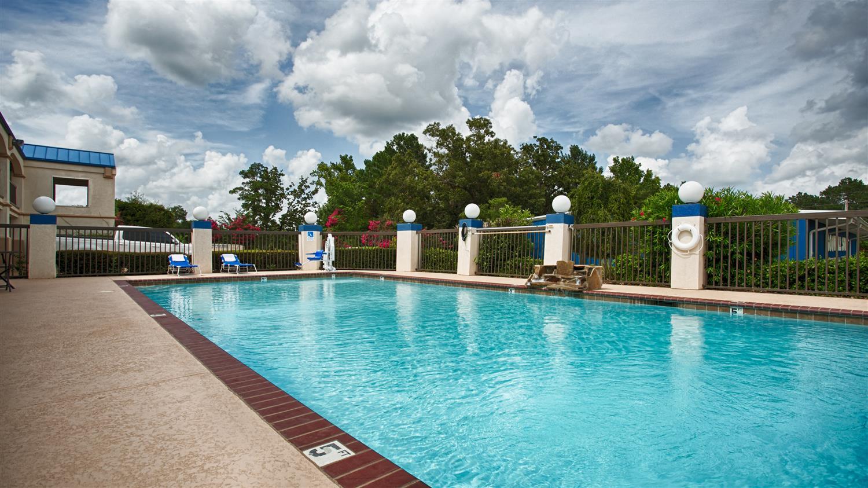 Pool - Best Western Inn of Kilgore