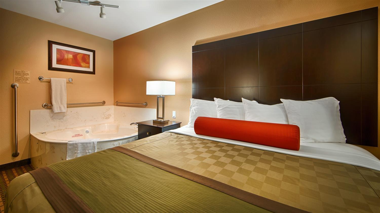 Best Western Plus Edinburg Inn & Suites, TX - See Discounts