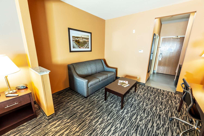 Best Western Plus Denton Inn Suites Tx See Discounts