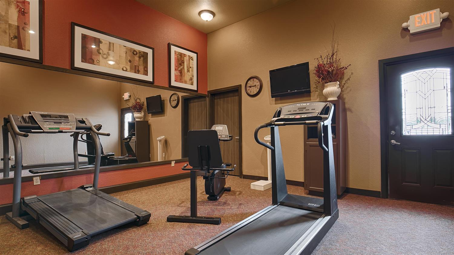 Fitness/ Exercise Room - Best Western Executive Inn El Campo