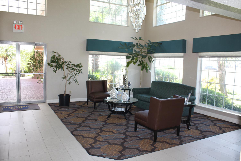 Lobby - Best Western Paradise Inn Corpus Christi