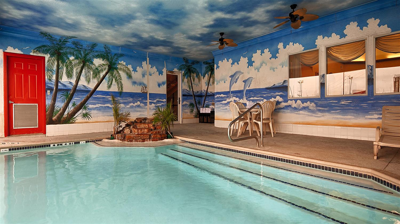 Best western windsor suites houston tx see discounts - Windsor village swimming pool houston tx ...