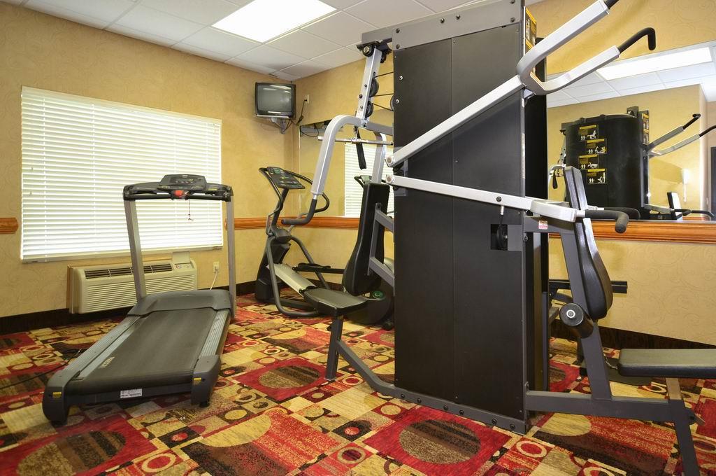Fitness/ Exercise Room - Best Western Casa Villa Suites Harlingen