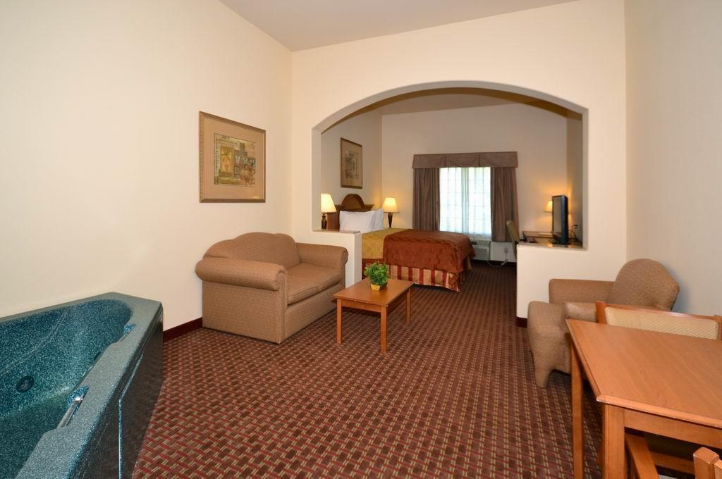 Suite - Best Western Casa Villa Suites Harlingen