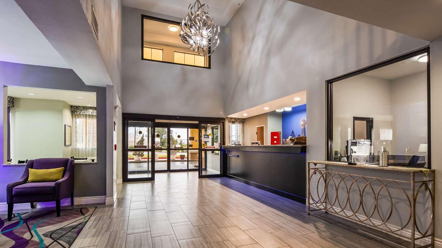 Lobby - Best Western Executive Inn Corsicana