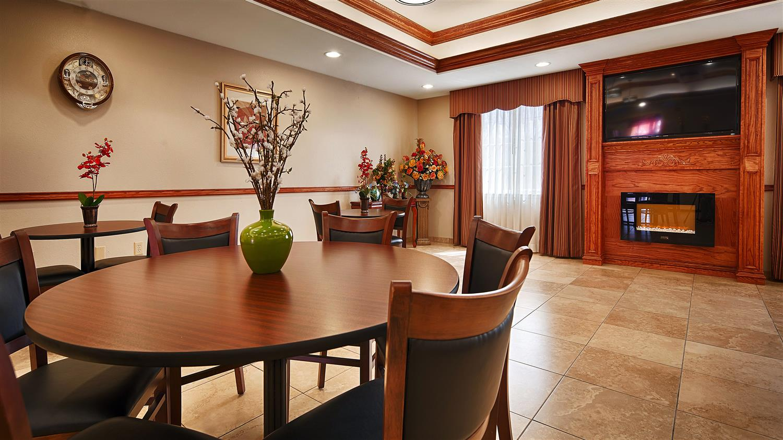 Restaurant - Best Western Plus Monahans Inn & Suites
