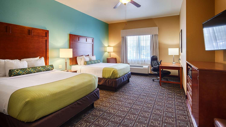 Room - Best Western Plus Monahans Inn & Suites