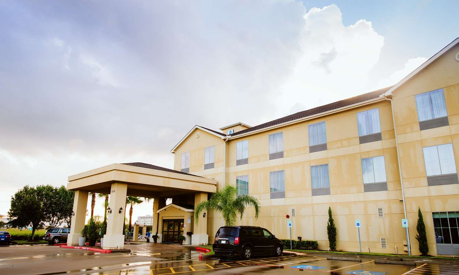 Sugar Land Tx Hotel Pet Friendly