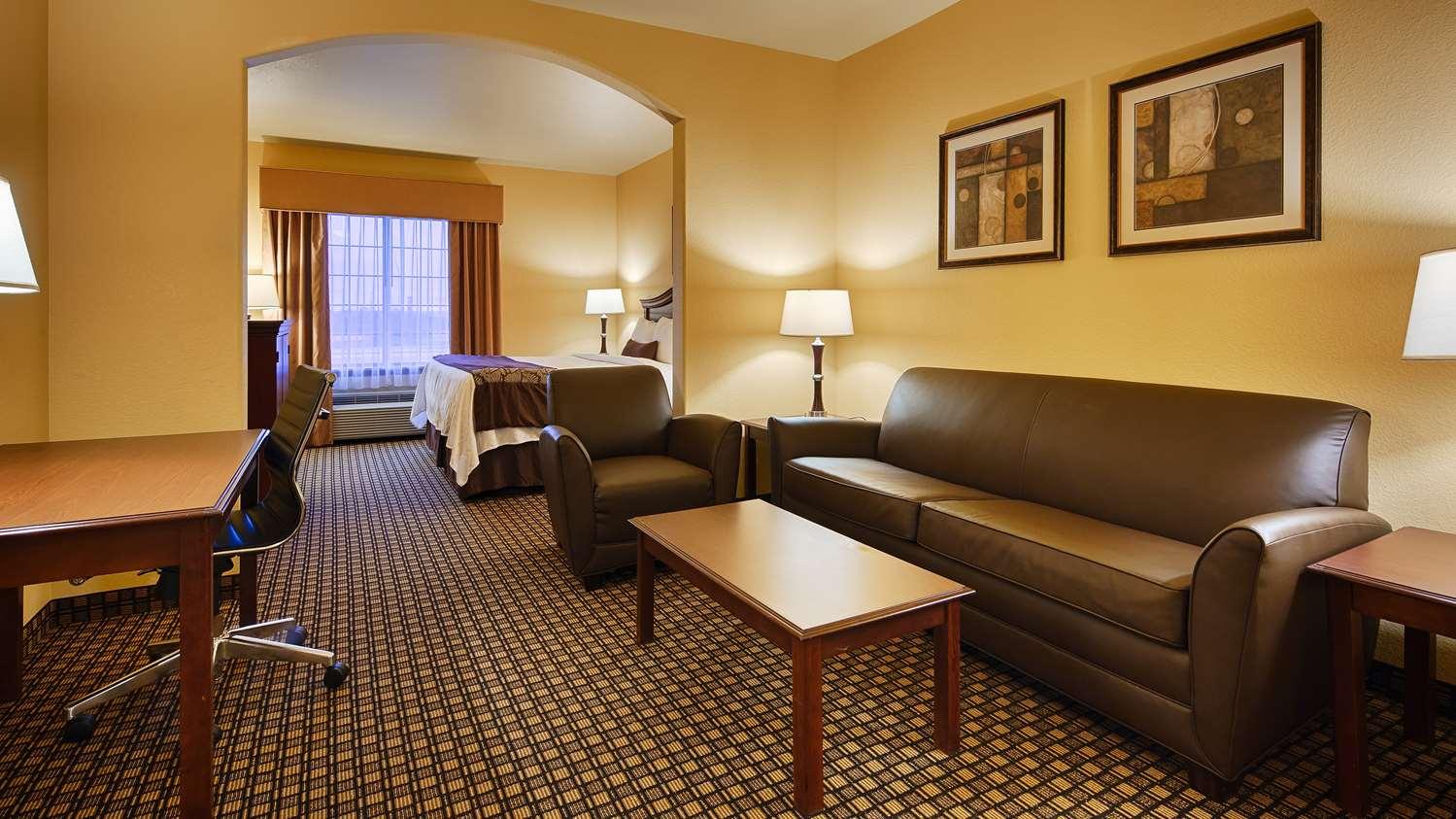 Suite - Best Western Plus Sweetwater Inn & Suites