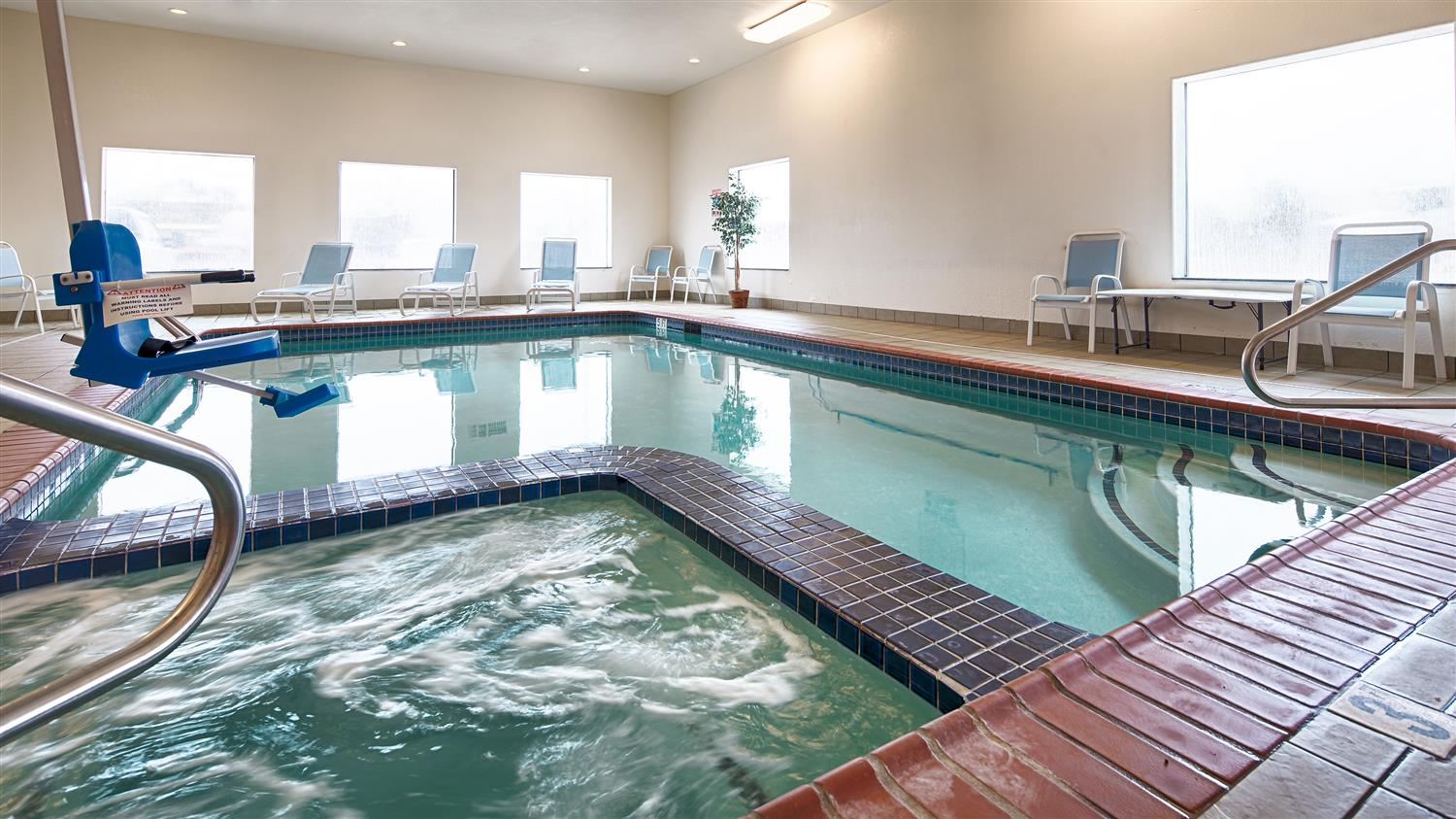 West Wing Boutique Hotel Tampa, FL | Hotel near University