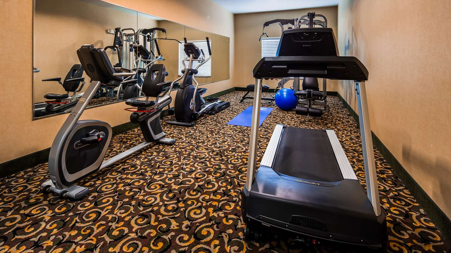 Fitness/ Exercise Room - Best Western Inn Comanche