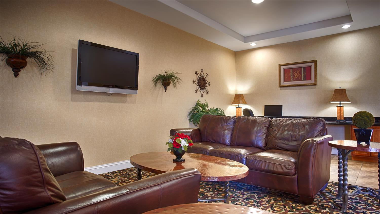 Lobby - Best Western Inn Comanche