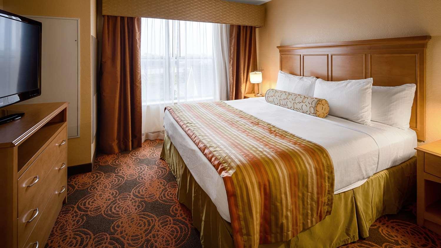 Suite - Best Western Plus North Waco Inn Bellmead