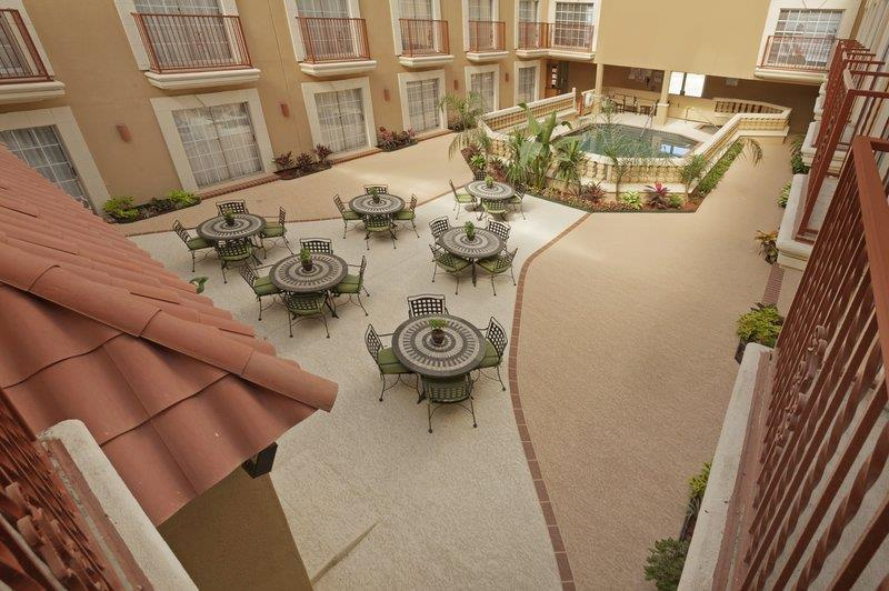 Pool - Best Western Plus Atrium Inn Schertz