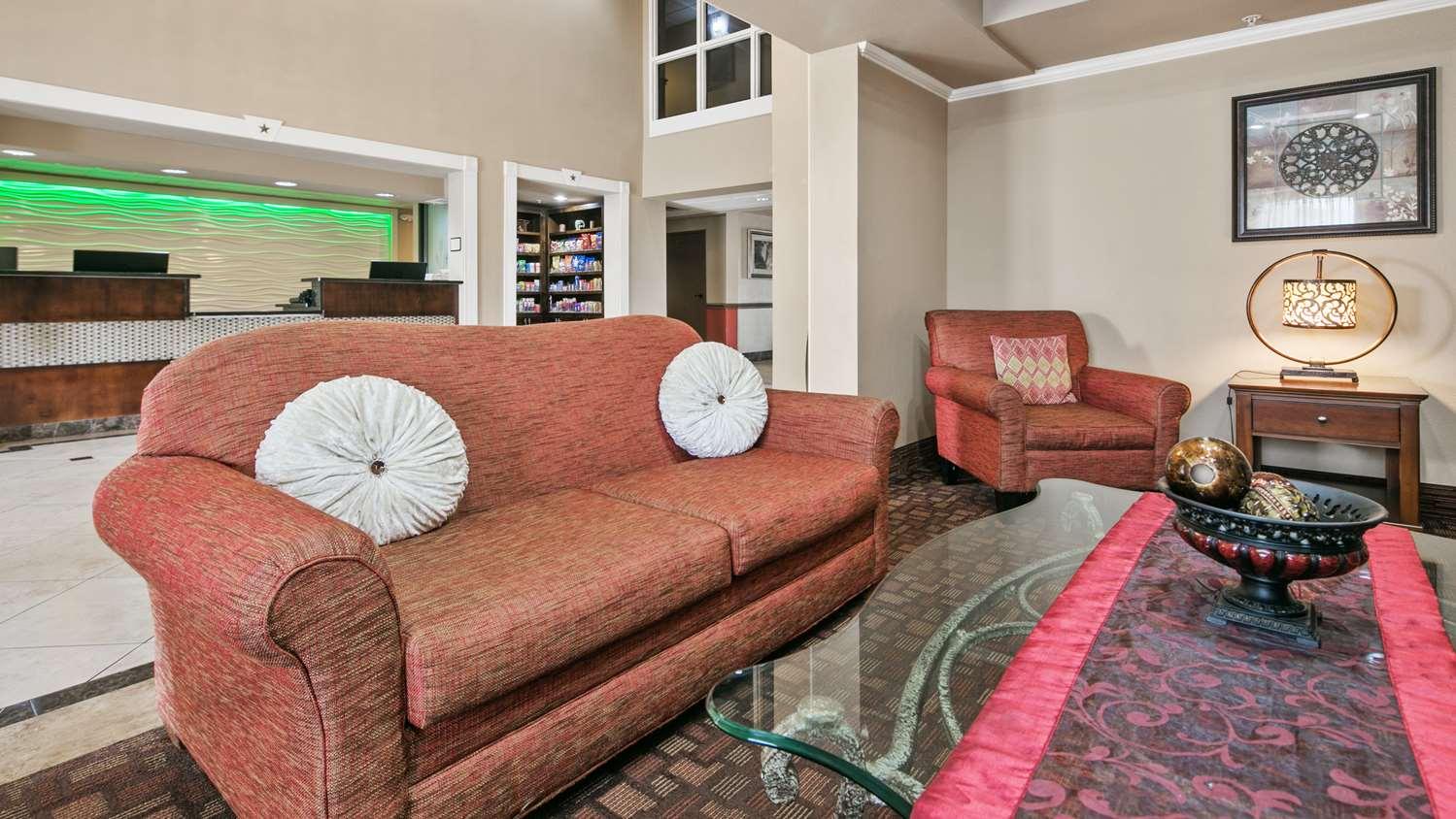Lobby - Best Western Plus Georgetown Inn