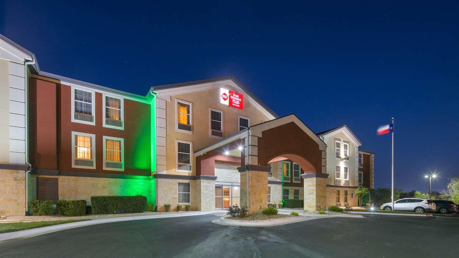 Exterior view - Best Western Plus Georgetown Inn