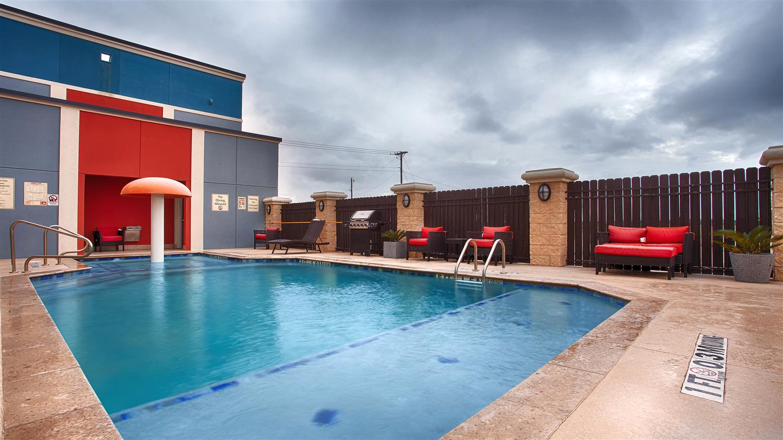 Pool - Best Western Plus Odessa Inn & Suites