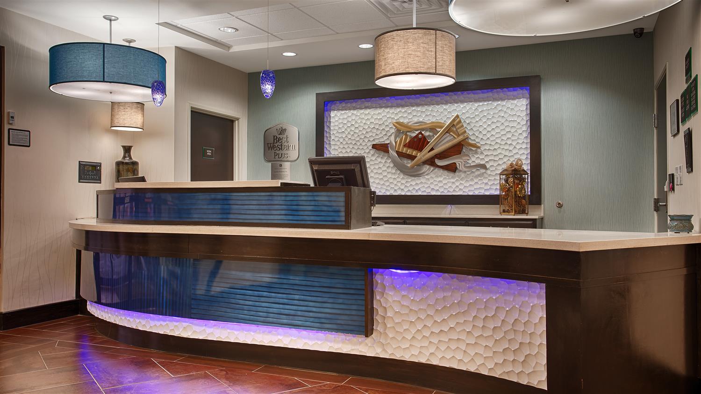 Lobby - Best Western Plus Odessa Inn & Suites