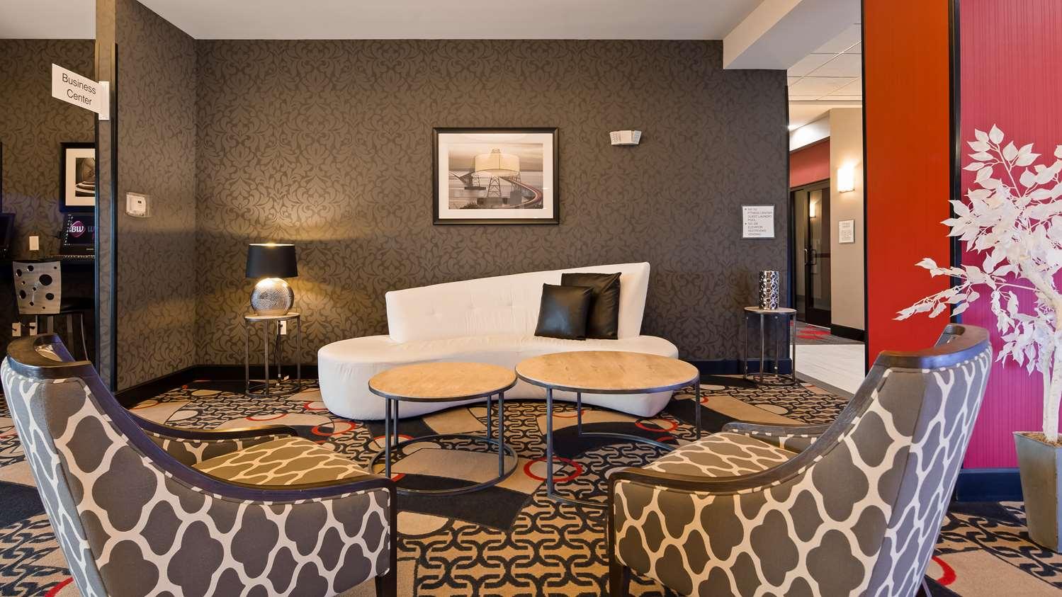 Lobby - Best Western Plus Laredo Inn & Suites