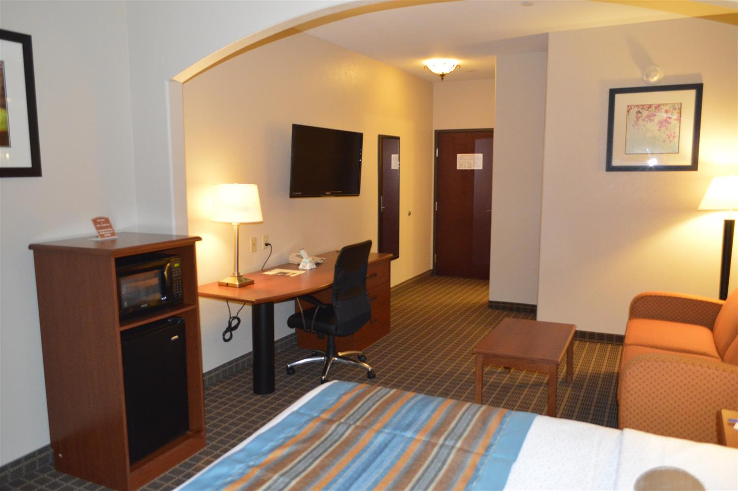 Suite - Best Western Orange Inn & Suites