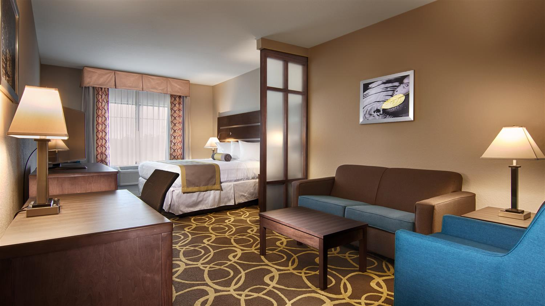 Suite - Best Western Plus College Station Inn & Suites