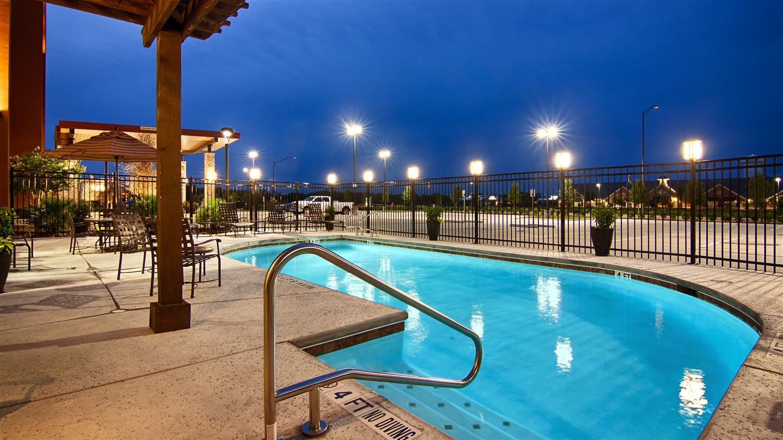 Pool - Best Western Plus College Station Inn & Suites