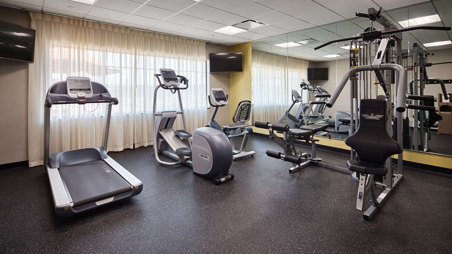Fitness/ Exercise Room - Best Western Plus College Station Inn & Suites