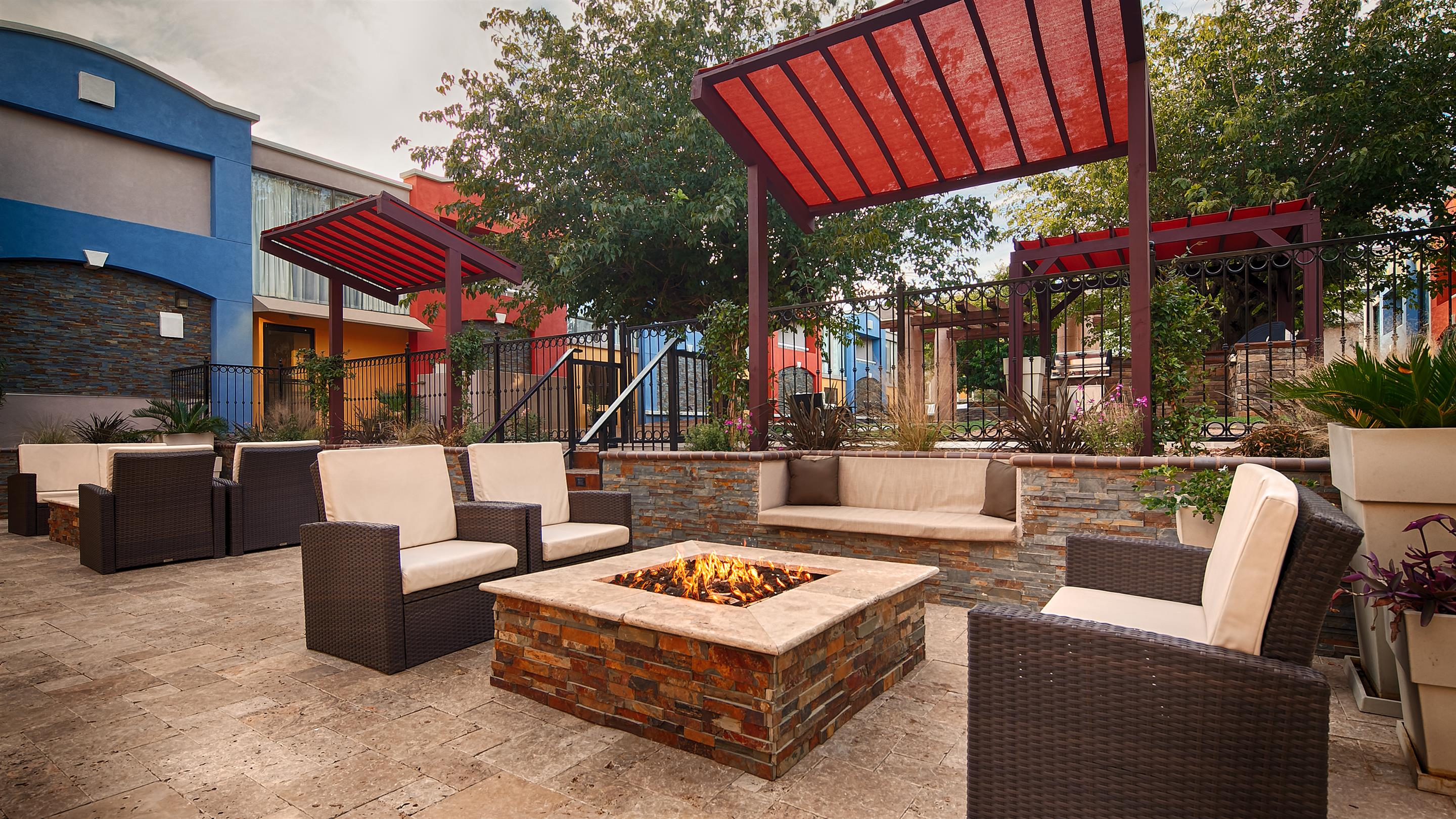 Best Western 174 Plus El Paso Airport Hotel Amp Conference