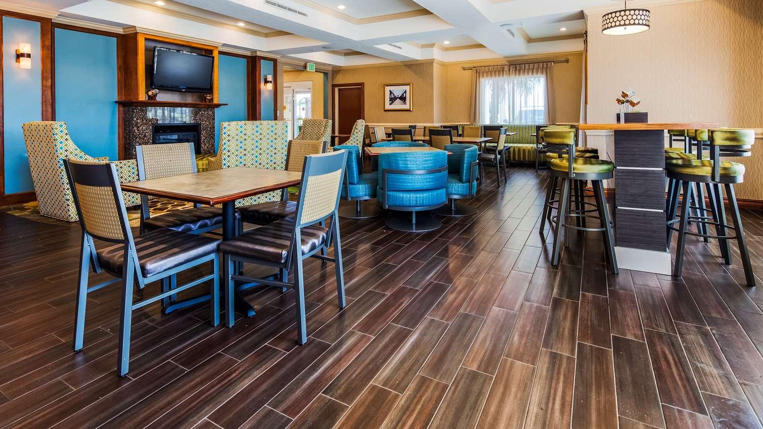 Restaurant - Best Western Plus Woodway Waco South Inn & Suites