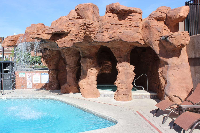 Pool - Best Western Coral Hills Inn St George
