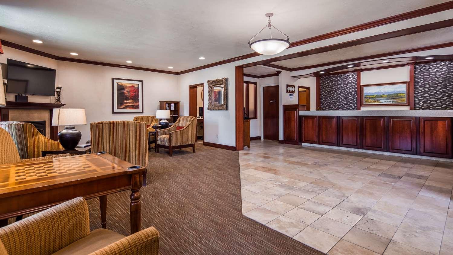 Lobby - Best Western Plus Weston Inn Logan