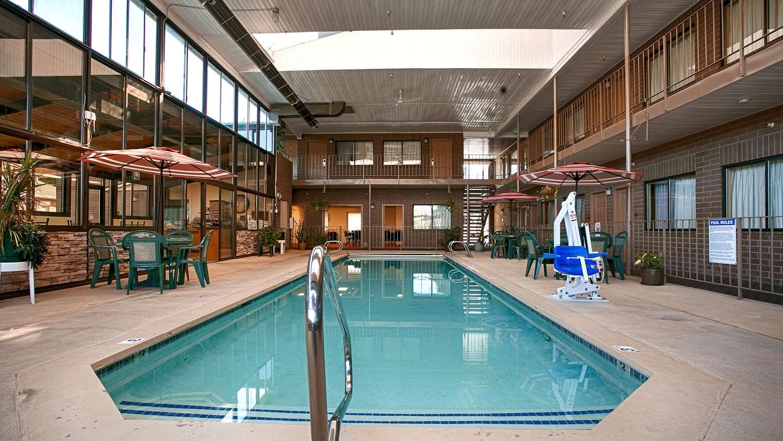 Pool - Best Western Inn Tooele