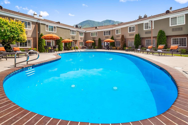 Pool Best Western Mountain View Inn Springville
