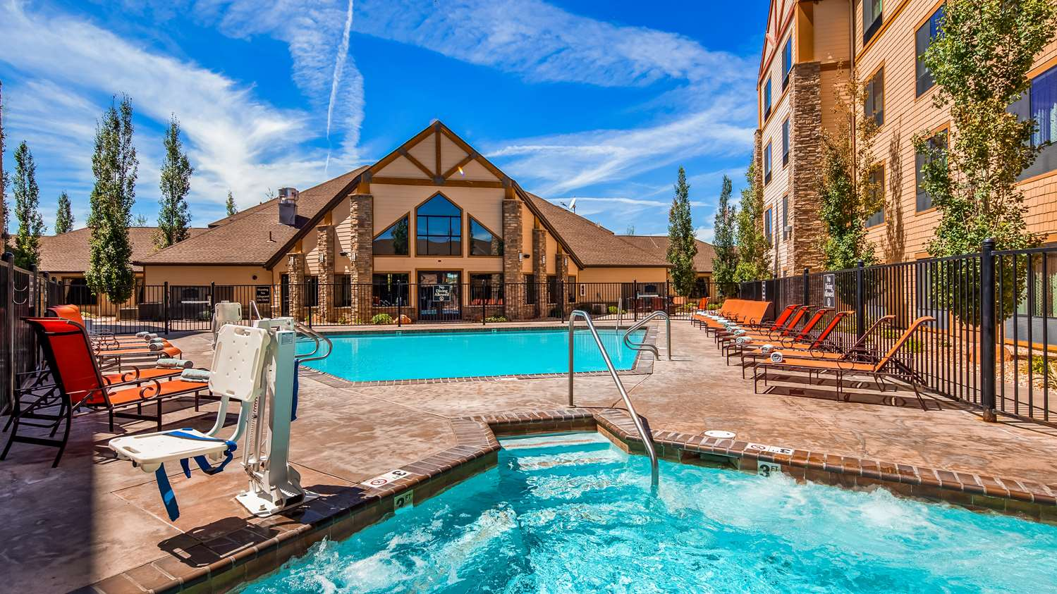 Pool - Best Western Plus Bryce Canyon Grand Hotel