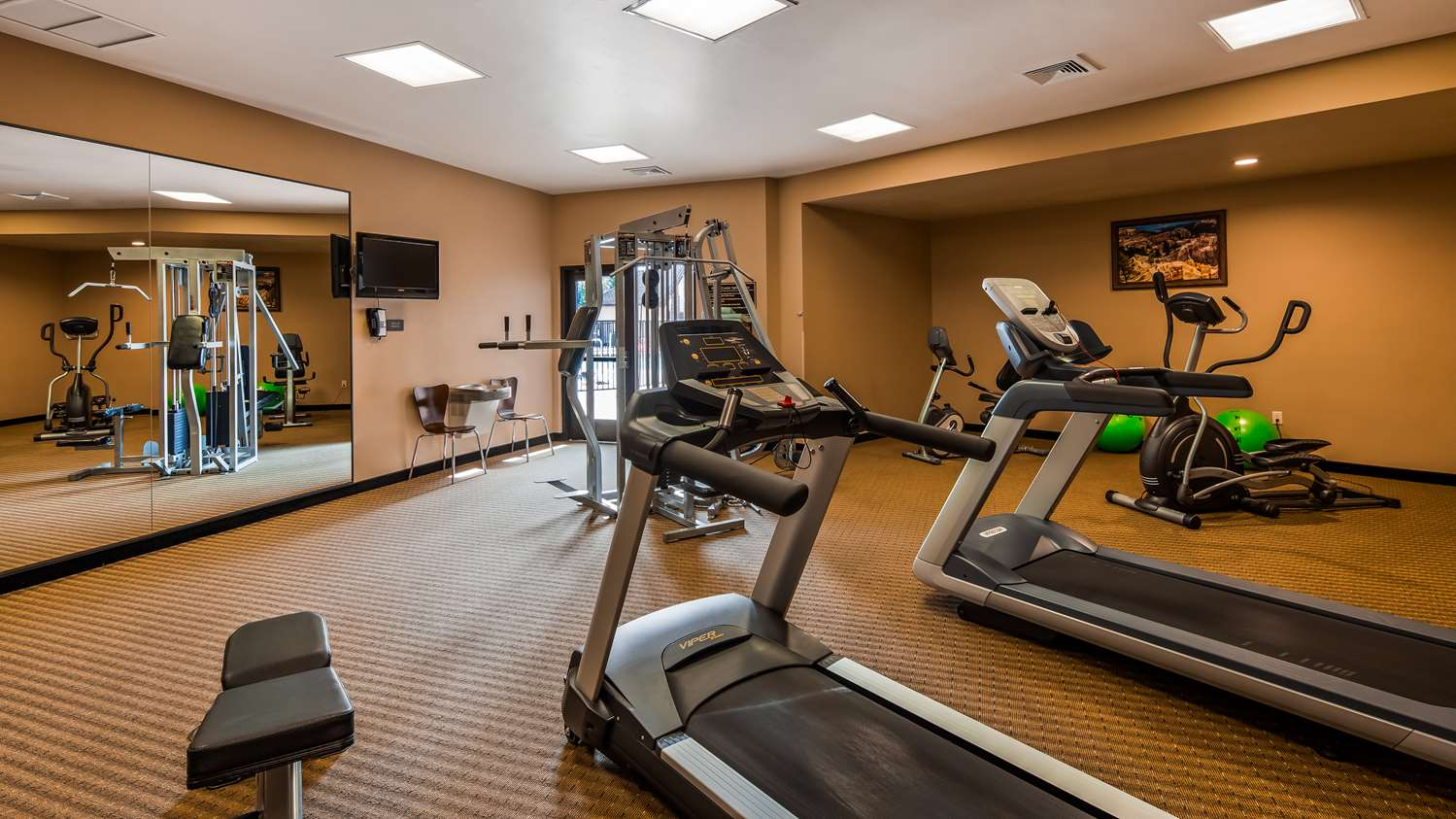 Fitness/ Exercise Room - Best Western Plus Bryce Canyon Grand Hotel