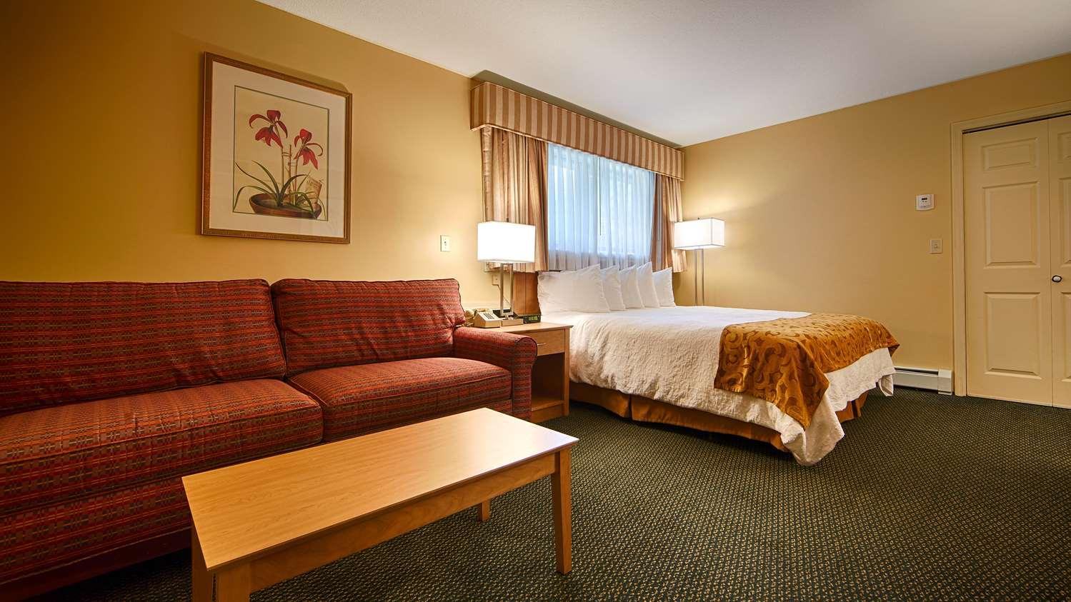 Room - Best Western Inn & Suites Rutland