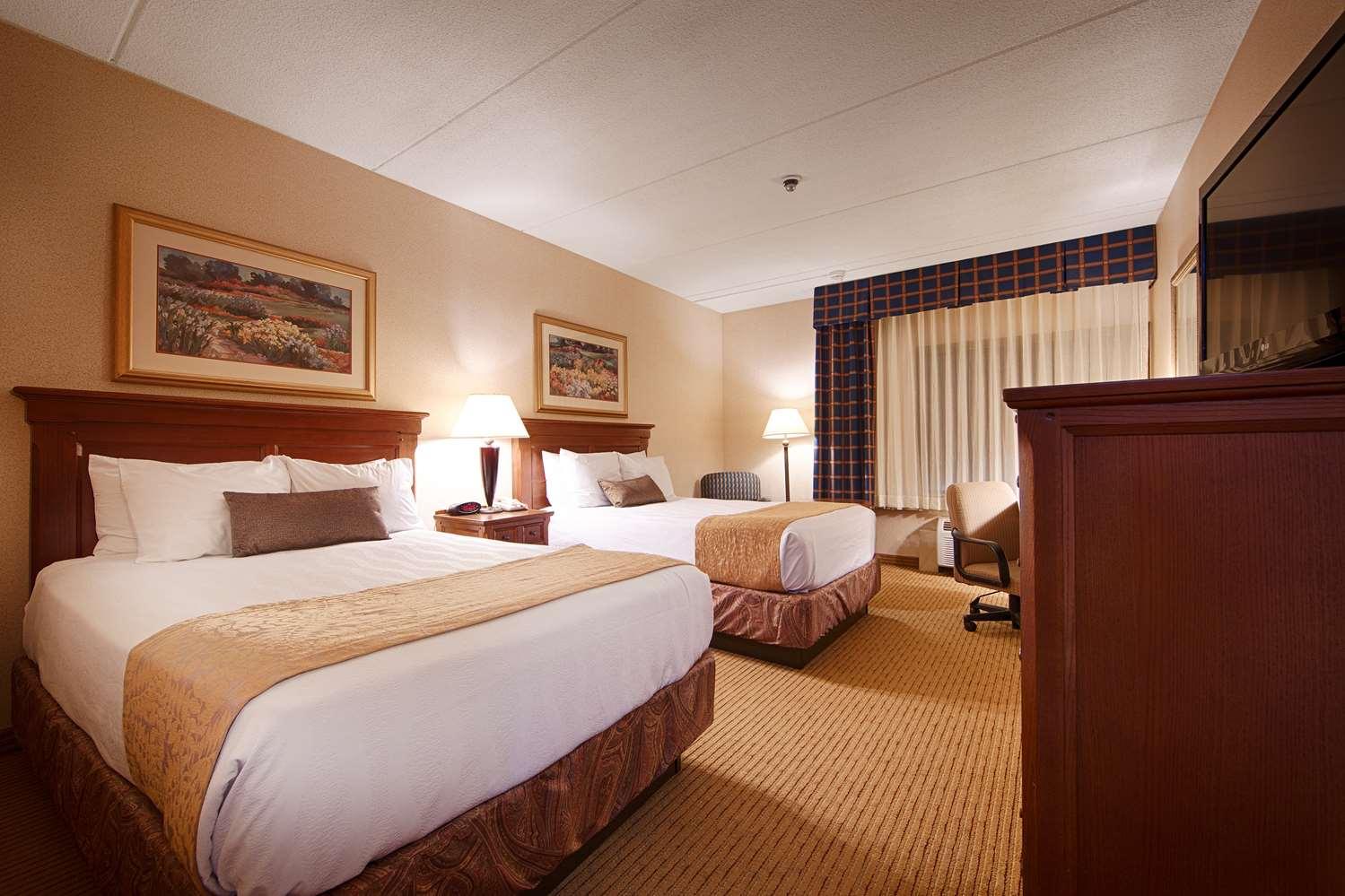 Room - Best Western Plus Waterbury Hotel