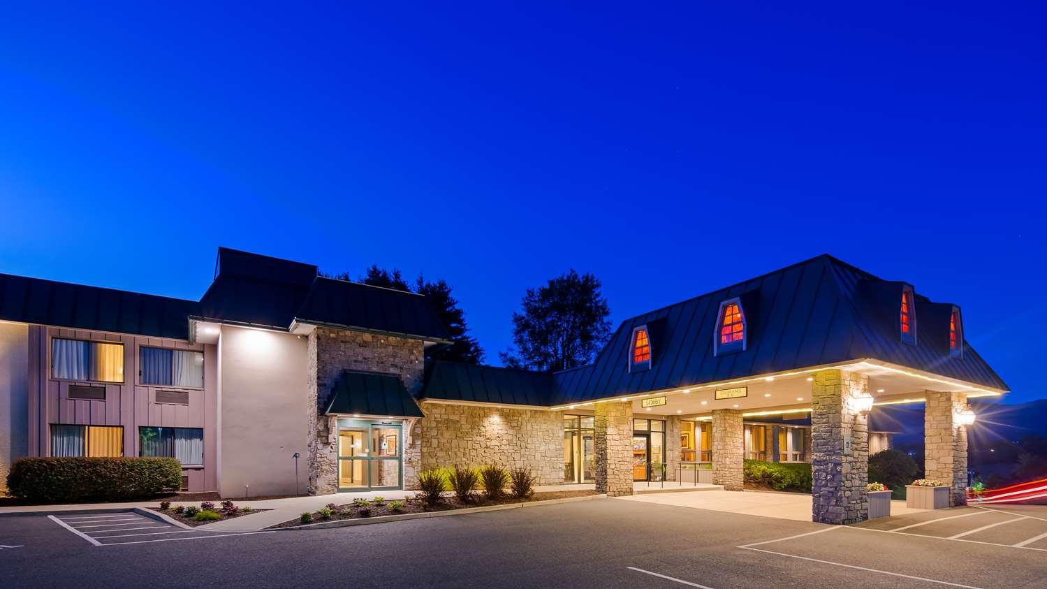 Exterior view - Best Western Plus Waterbury Hotel