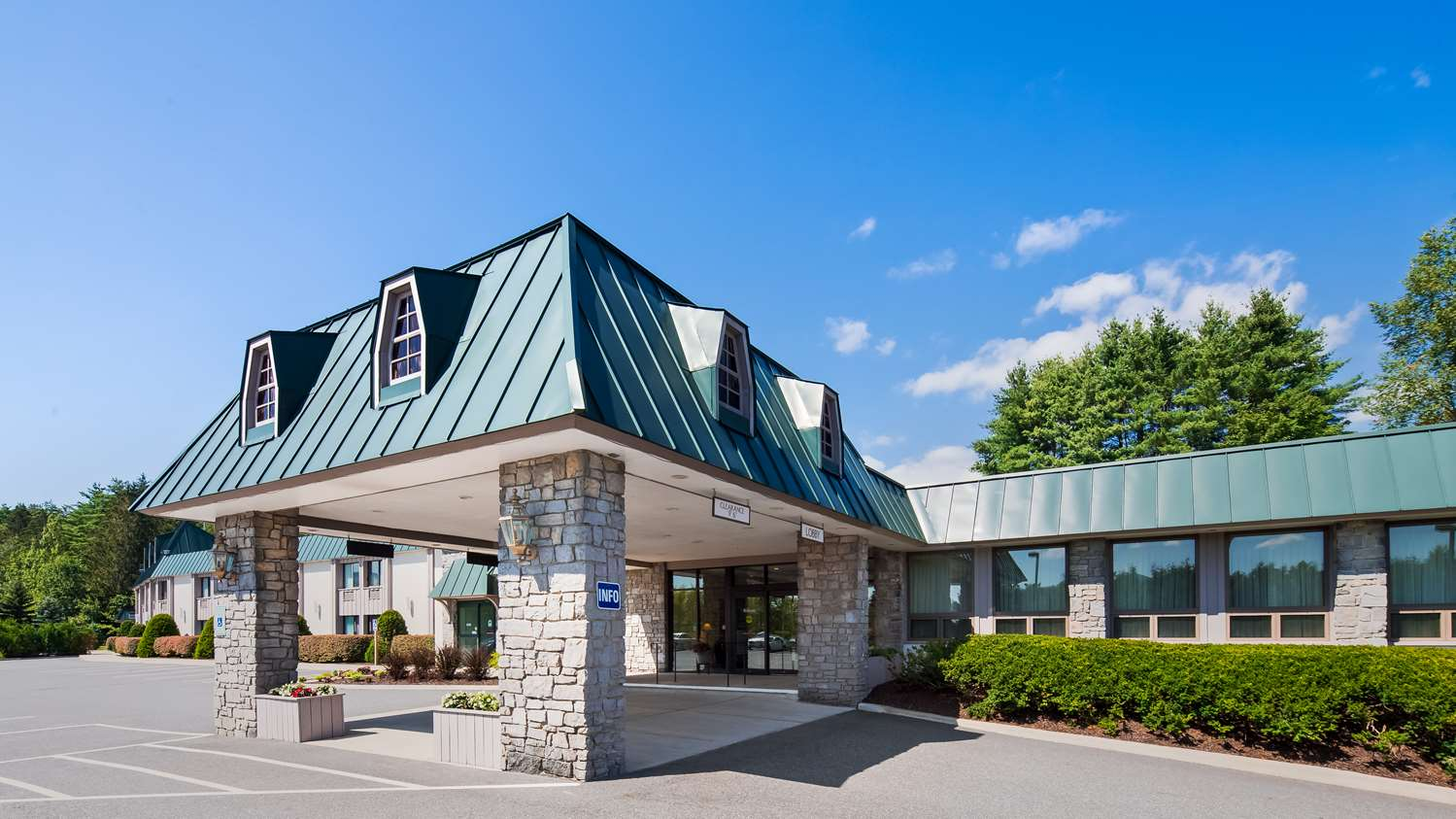 Exterior view - Best Western Plus Waterbury Hotel