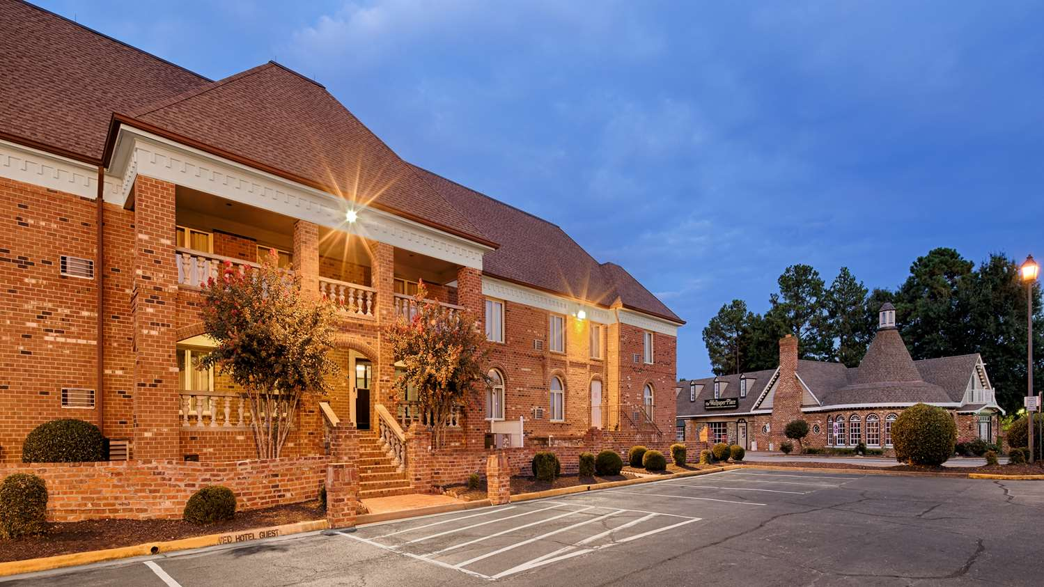 Exterior View Best Western Plus Governors Inn Richmond