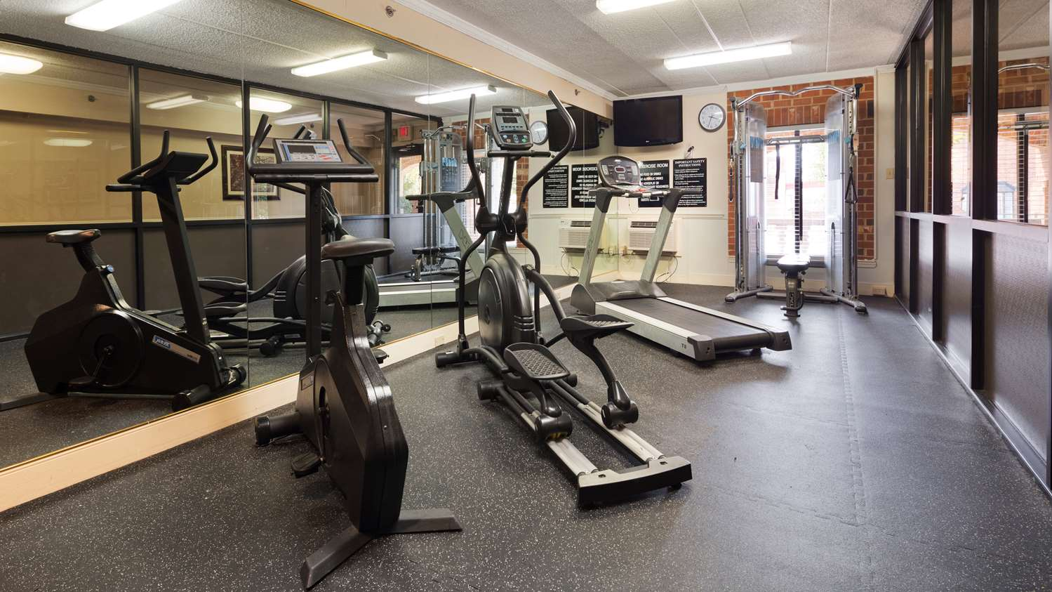 Fitness/ Exercise Room - Best Western Plus Governors Inn Richmond