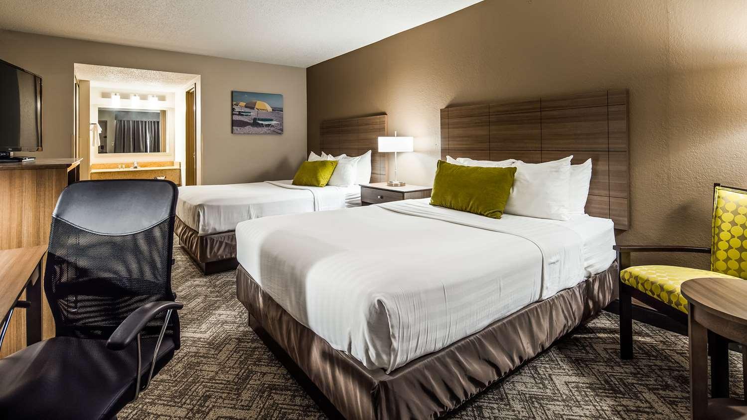 Room - Best Western Center Inn Virginia Beach