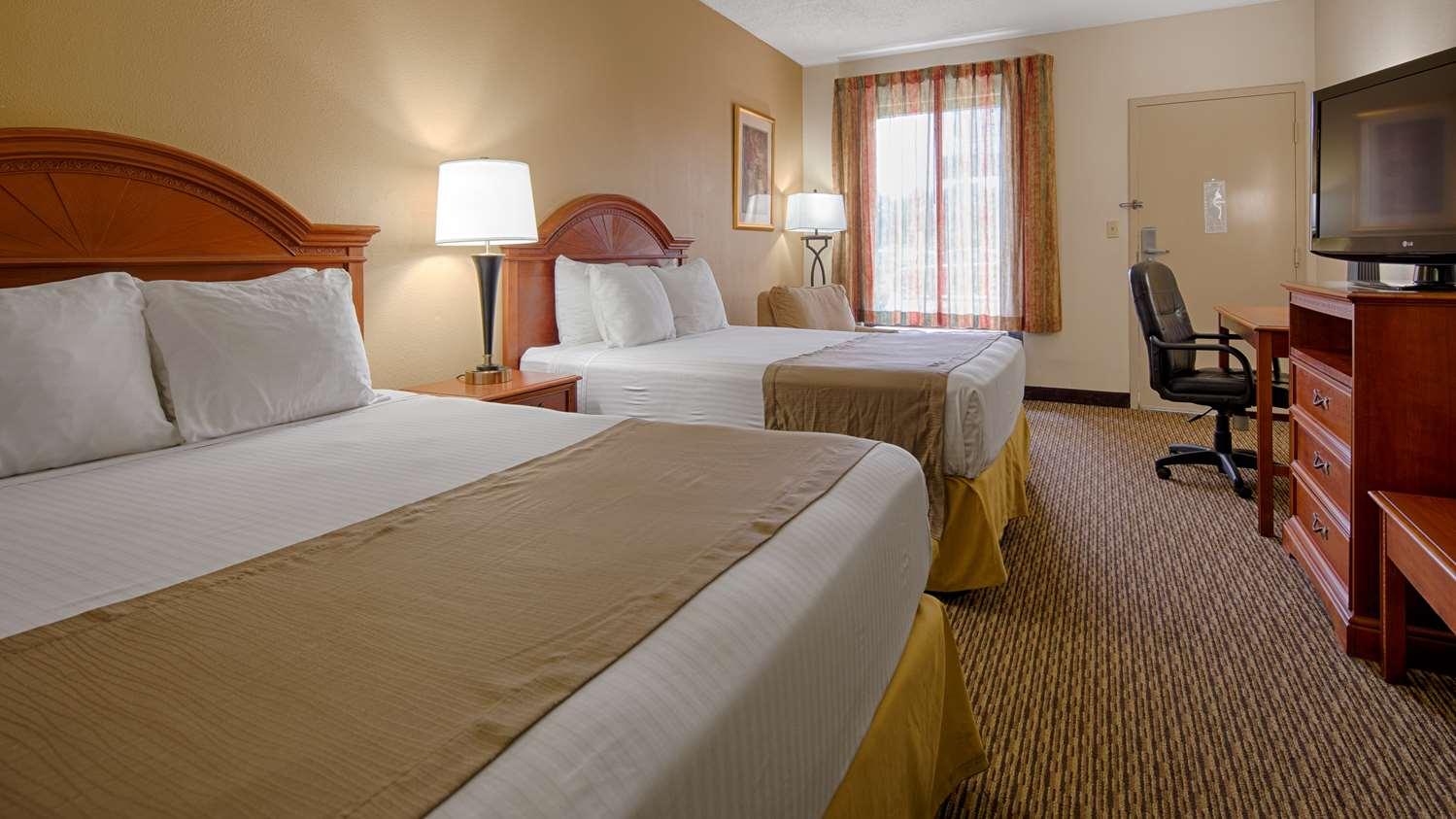 Room - Best Western Motel Emporia